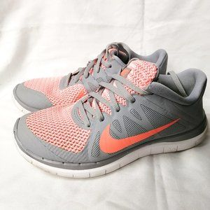 NIKE SHOES FOR TRAINING GRAY AND ORANGE